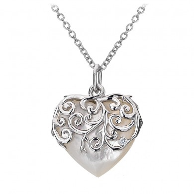 Wild Roses Love Heart Pendant - Mother of Pearl